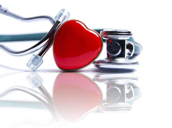 Opieka nad seniorami z niewydolnością serca